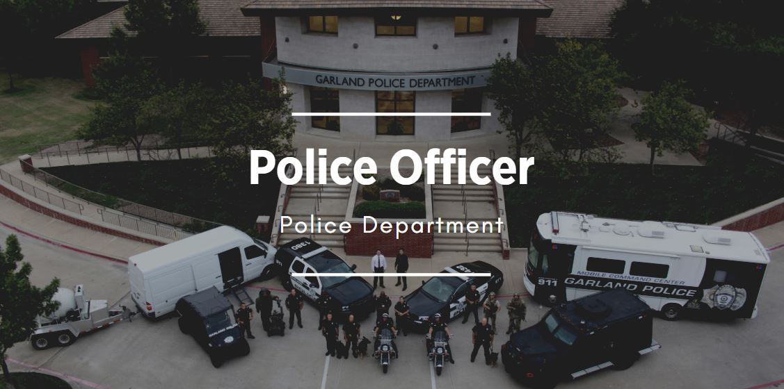Image of Police Officers which links to the Police job posting